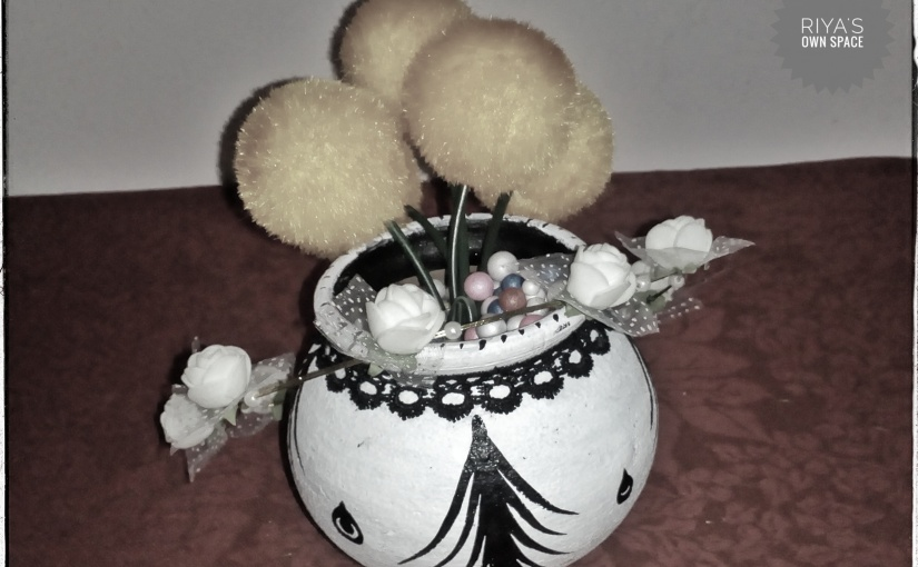 Painting clay pot ~From my craft's corner